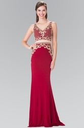 Two-Piece Sheath V-Neck Sleeveless Jersey Dress With Appliques And Beading