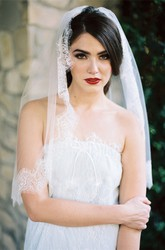 Simple Retro New Lace Applique Bride Wedding Veil Short Section Travel Photo Studio Photography Soft White Tulle