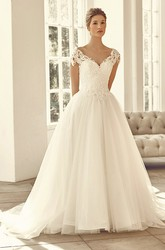V-Neck Long Appliqued Cap-Sleeve Tulle&Lace Wedding Dress