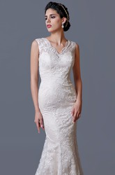 Charming Sleeveless Scalloped V Neckline Mermaid Lace Wedding Dress