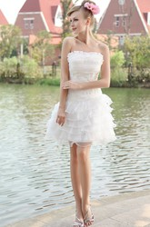 Romantic Strapless Sleevelss Short Organza Wedding Gown With Layered Ruffles