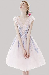 Cute Tulle Knee Length Dress With Floral Appliques And Cap Sleeves