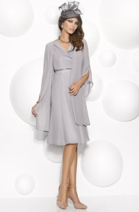 Knee-Length Half Sleeve V-Neck Jeweled Chiffon Mother Of The Bride Dress