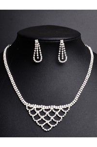 Unique Design Bridal and Evening Party Rhinestone Necklace and Earrings Jewelry Set