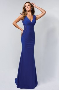 Sheath V-Neck Sleeveless Jersey Keyhole Dress With Beading
