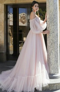 Charming Sweetheart Off-shoulder Tulle Wedding Dress With 3/4 Poet Sleeves