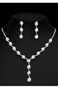 Special Bridal Pearl Design Rhinestone Necklace and Earrings Jewelry Set