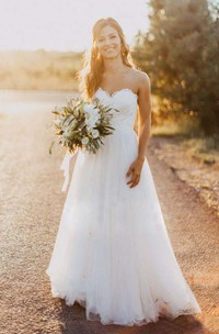 Bohemian A Line Sweetheart Lace Tulle Open Back Wedding Dress