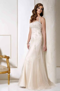 Halter Long Appliqued Tulle Wedding Dress With Court Train And V Back
