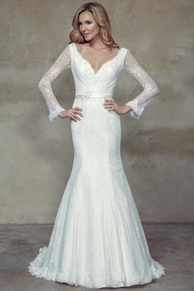 Trumpet Long Sleeve Maxi V Neck Lace Wedding Dress With Waist Jewellery And