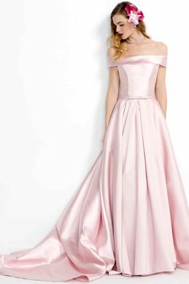 e80e16c6fde A-Line Floor-Length Off-The-Shoulder Satin Prom Dress
