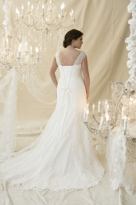 0cc0dadb434 ... Trumpet Long Cap-Sleeve Beaded V-Neck Lace Plus Size Wedding Dress With  Appliques