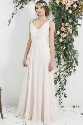 dcb97b2e468 Floor-Length Sleeveless Pleated V-Neck Chiffon Bridesmaid Dress ...