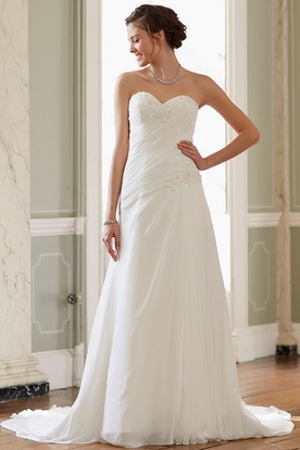 Long Sweetheart Ruched Chiffon Wedding Dress With Court Train And Corset Back