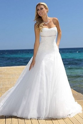 A Line Strapless Tulle Wedding Dress With Lace