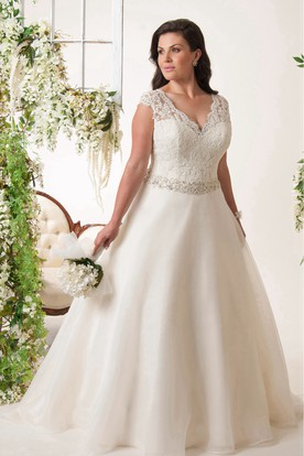 bae62aebb1ac Cheap Plus Size Wedding Dresses | Bridal Gowns for Full Figure Girls ...