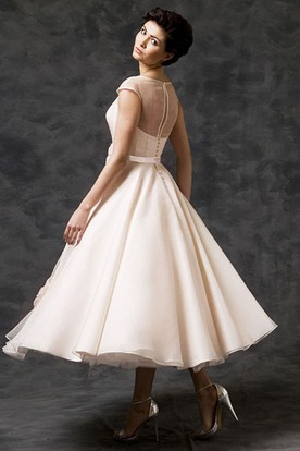 c7ae0f39fec ... A-Line Tea-Length Scoop-Neck Short-Sleeve Tulle Wedding Dress With