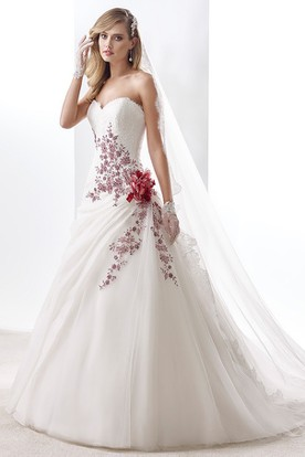 Sweetheart A Line Pleated Wedding Dress With Floral Appliques And Side Draping Ruffles