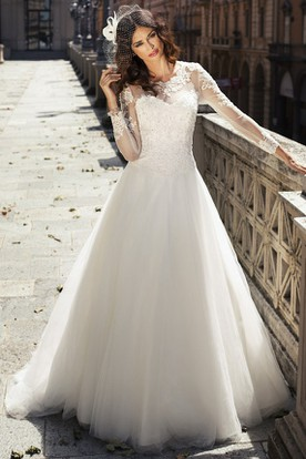 A Line Maxi Liqued Long Sleeve Scoop Neck Tulle Lace Wedding Dress