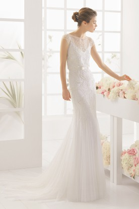 Long Scoop Cap Sleeve Liqued Tulle Wedding Dress With Court Train And Illusion
