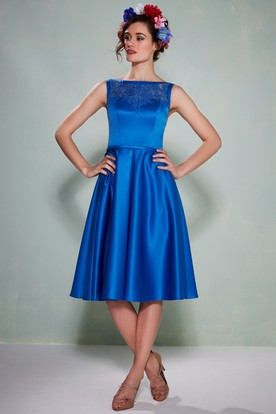 Knee Length Liqued Sleeveless Jewel Neck Satin Bridesmaid Dress With Straps