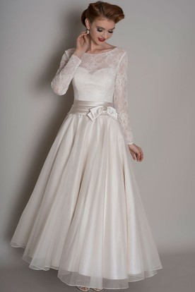 8a041e9894bf A-Line Lace Long-Sleeve Floor-Length Scoop-Neck Satin&Tulle Wedding Dress  ...