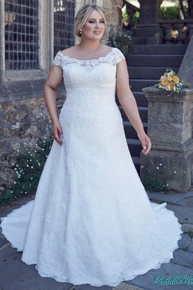 Off The Shoulder Lace Plus Size Wedding Dress With Up