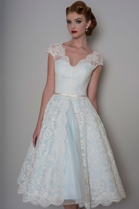A Line Knee Length Appliqued V Neck Cap Sleeve Lace Wedding Dress