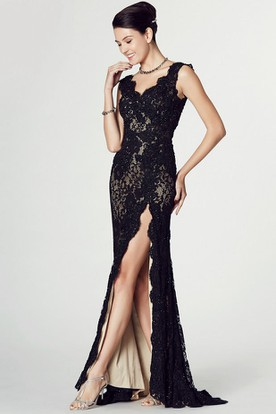 4a9adba54c9 Floor-Length V-Neck Appliqued Sleeveless Lace Prom Dress With Split Front  ...