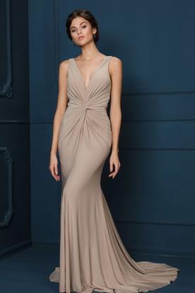 f695254644 Sheath V-Neck Ruched Sleeveless Long Chiffon Evening Dress ...