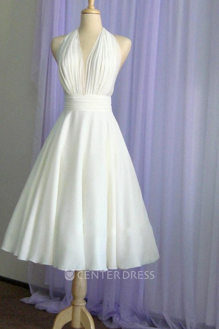 7dbc1525f5f Vintage Tea-Length Chiffon Wedding Dress With Halter Neck and Bow - UCenter  Dress
