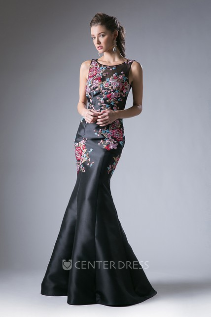 Mermaid Maxi Sleeveless Satin Illusion Dress With Appliques And Waist Jewellery