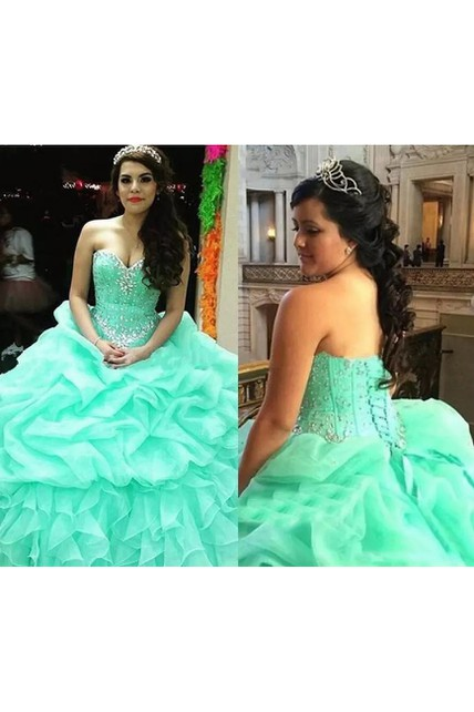 Sleeveless Ball Gown Sweetheart Floor-length Organza Prom Dress with Beading and Ruffles