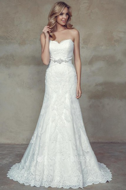 124ca3dfc2 A-Line Appliqued Sweetheart Lace Wedding Dress With Waist Jewellery And Lace  Up - UCenter Dress
