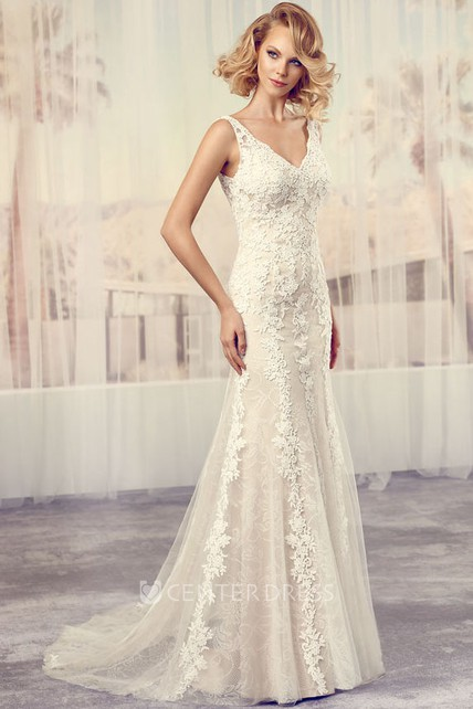 V-Neck Floor-Length Appliqued Lace Wedding Dress With Court Train And V Back