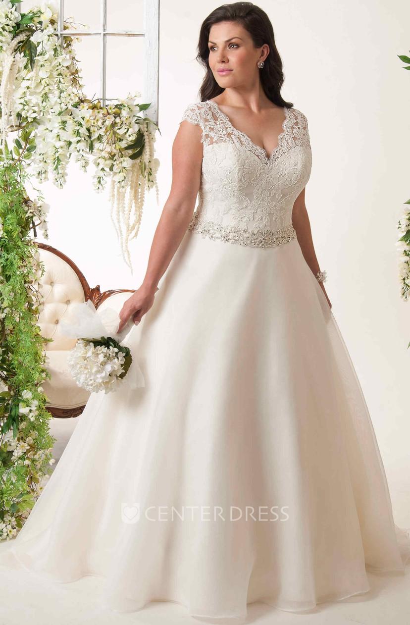 A-Line Sleeveless Jeweled V-Neck Lace Plus Size Wedding Dress With Keyhole