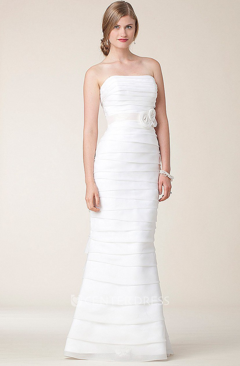 Simple Yet Stunning This Taffeta Gown Is A Timeless Clic Perfect For The Modern Princess Bride Sweetheart Neckline Feminine And