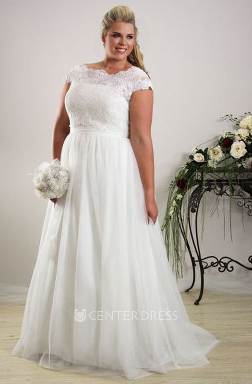 Sheath Scoop-Neck Long Cap-Sleeve Tulle Plus Size Wedding Dress With  Appliques